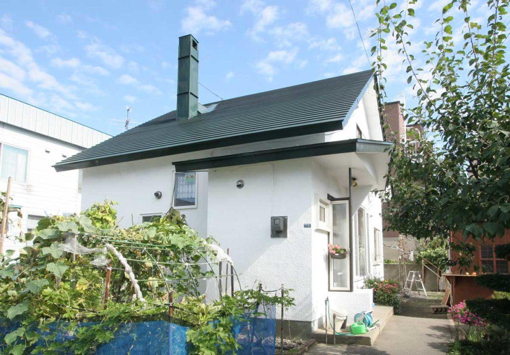写真:断熱改修+キッチン&トイレ交換=300万円台で実現:札幌市・遠藤邸(1)